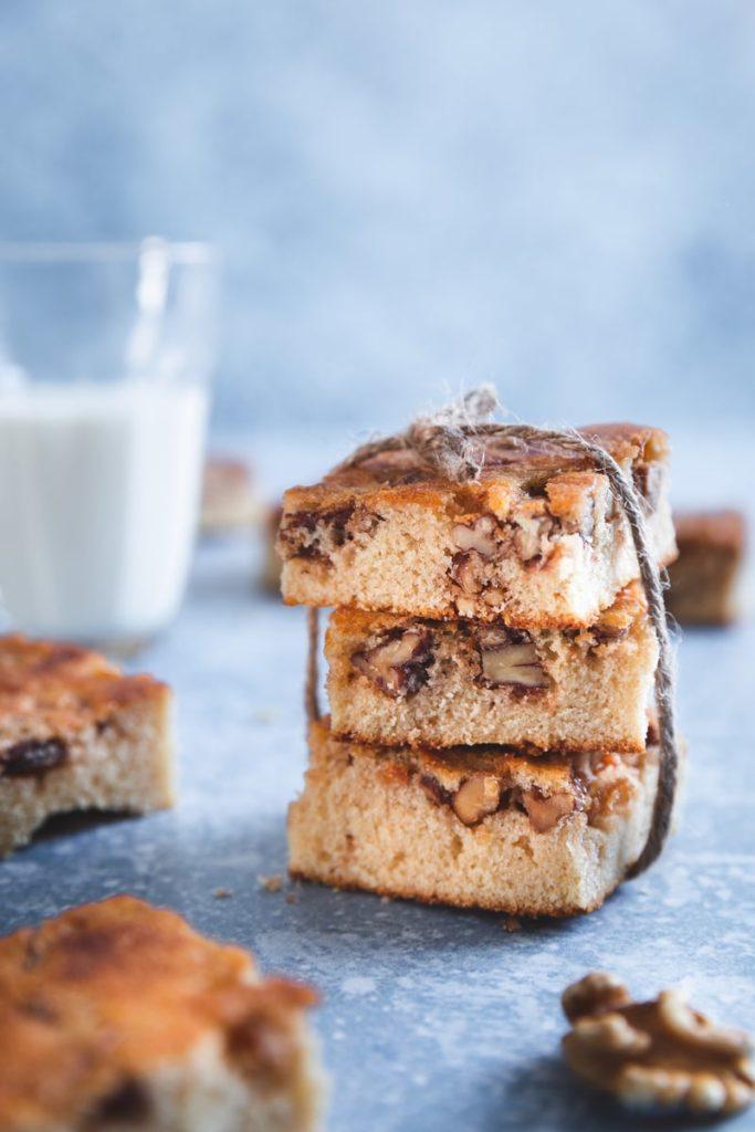 Brownie au chocolat blanc et noix caramélisées